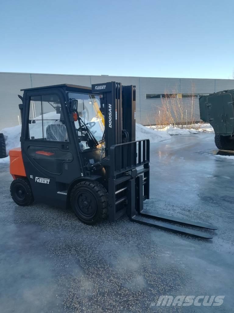 Doosan D30GP RENT114