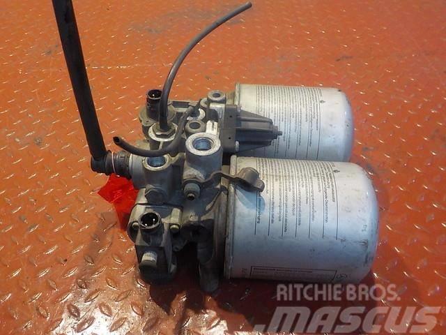Mercedes-Benz Actros MPIII Air dryer unit 14318715 0024314015 43