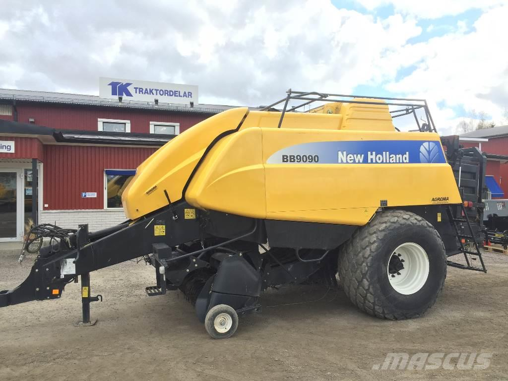 New Holland BB9090 Damaged / Skadad