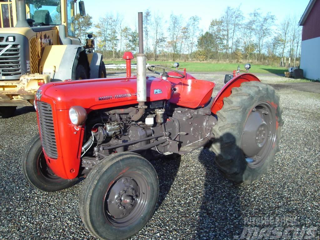 Massey Ferguson 35 , 3 cyl diesel