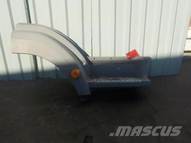 Mercedes-Benz Atego MPI Step body lower right 9406600201 9406604
