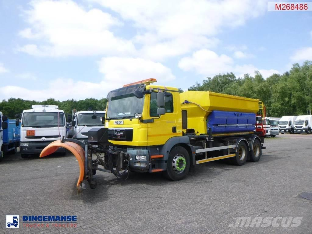 MAN TGM 26.340 6X4 RHD Schmidt Stratos salt spreader 9