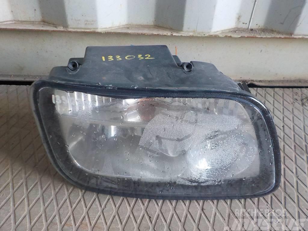 Mercedes-Benz Actros MPII Headlamp right 9438200261 ME9438200261