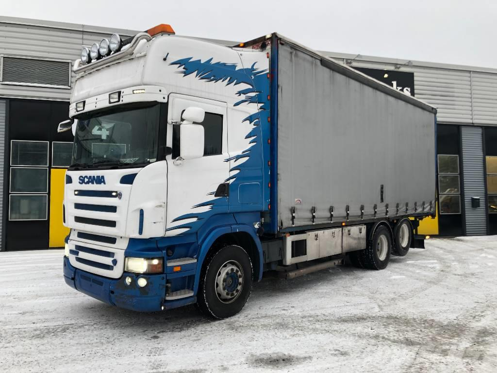 Scania R500 6x2 kapellilavalla