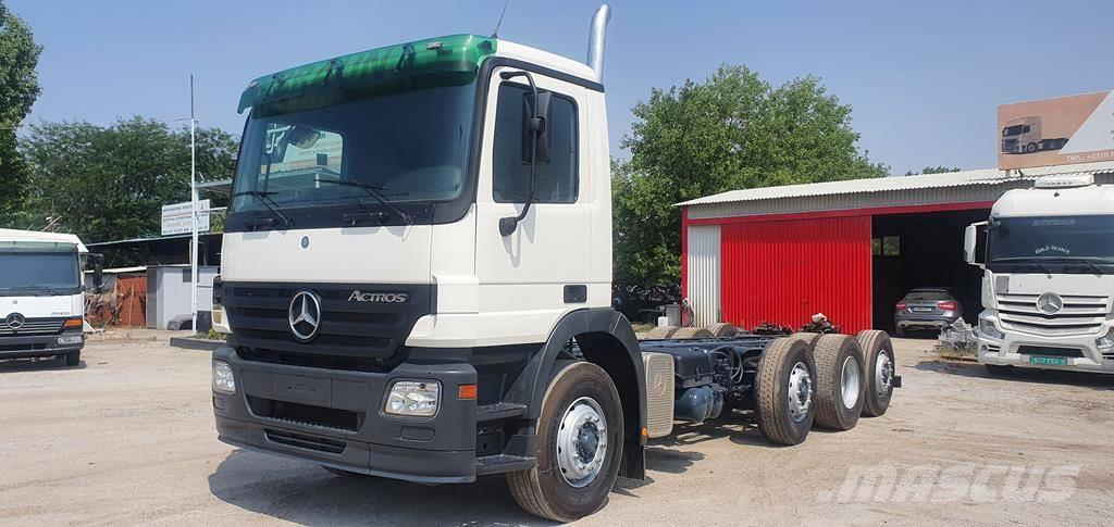 Mercedes-Benz actros 3532 8x2