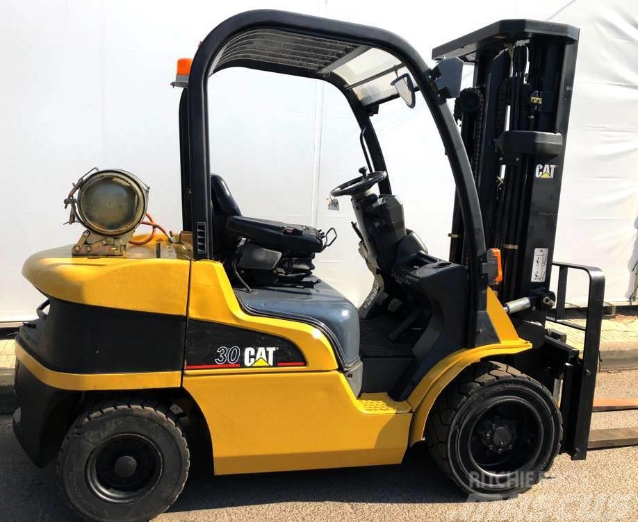 Caterpillar 8931 - GP30N