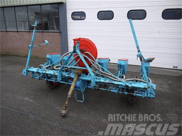 Monosem 6 rijige pneumatische zaaimachine voor zon Duijnda