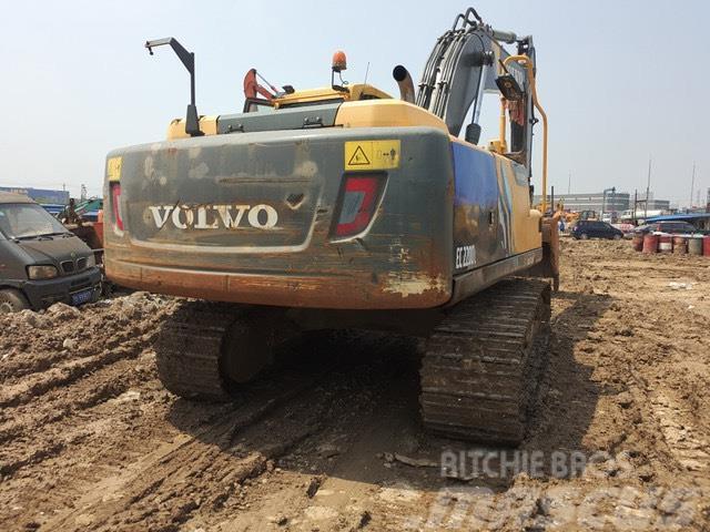 Volvo EC 220 DL