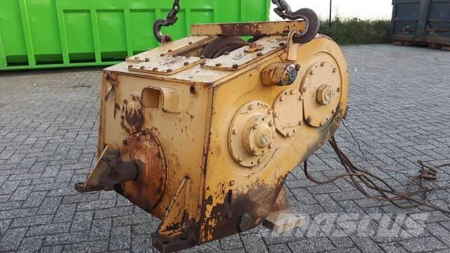 Caterpillar 518 winch