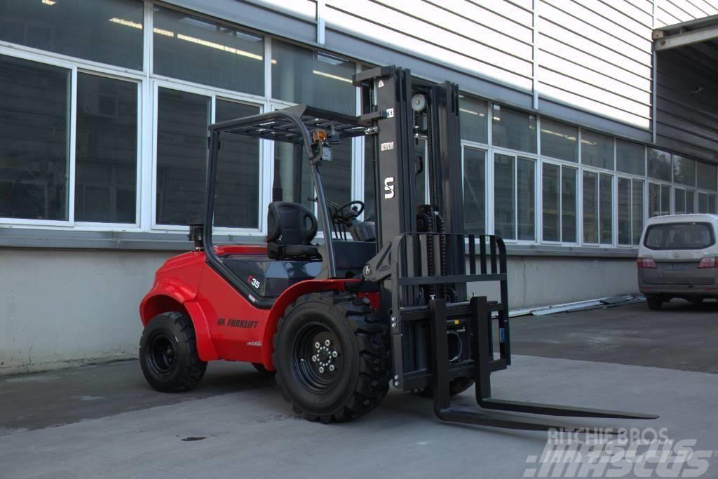 UN Forklift FD35T 3.5T 2WD Rough Terrain S4S
