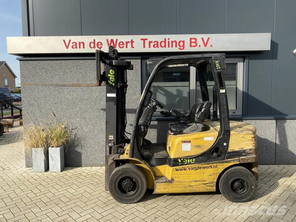 Yale heftruck YALE GDP25VX triplo495 freelift sideshift