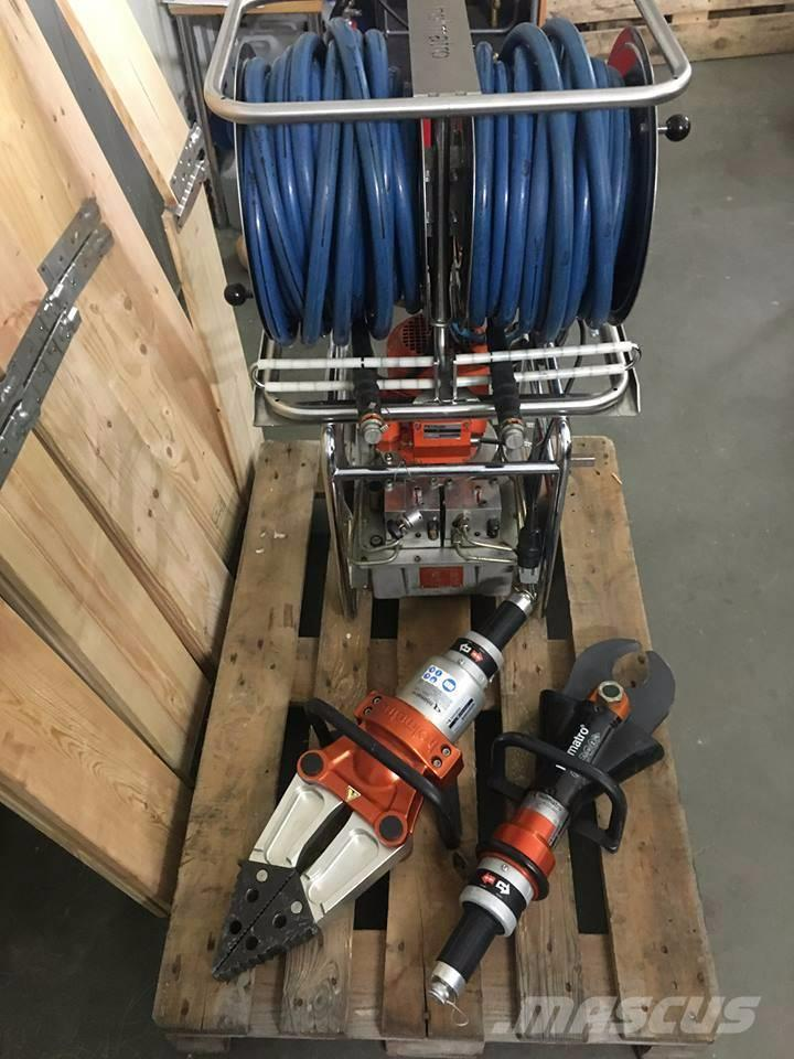 [Other] HOLMATRO CORE JAWS OF LIFE - HYDRAULIC RESCUE TOOL