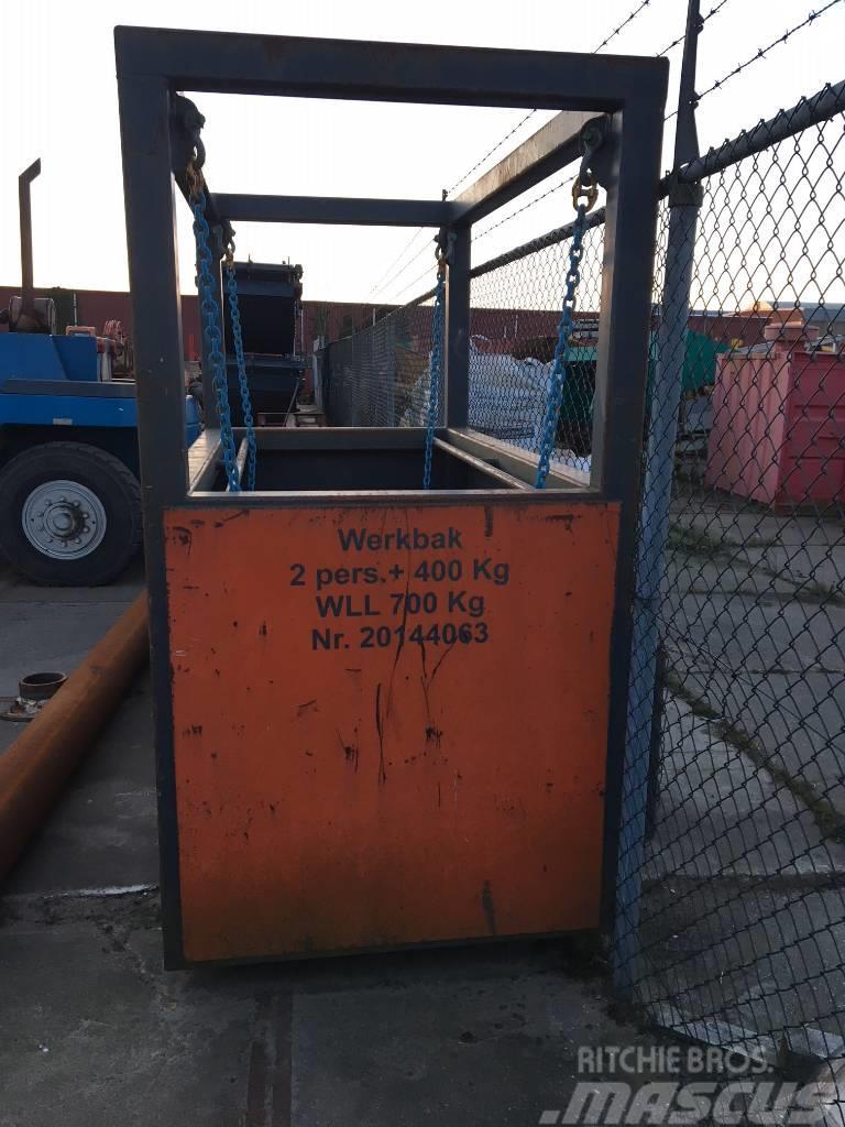 Bell Platform / Basket