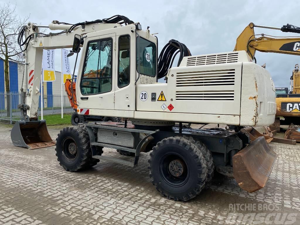 Liebherr A 924 B