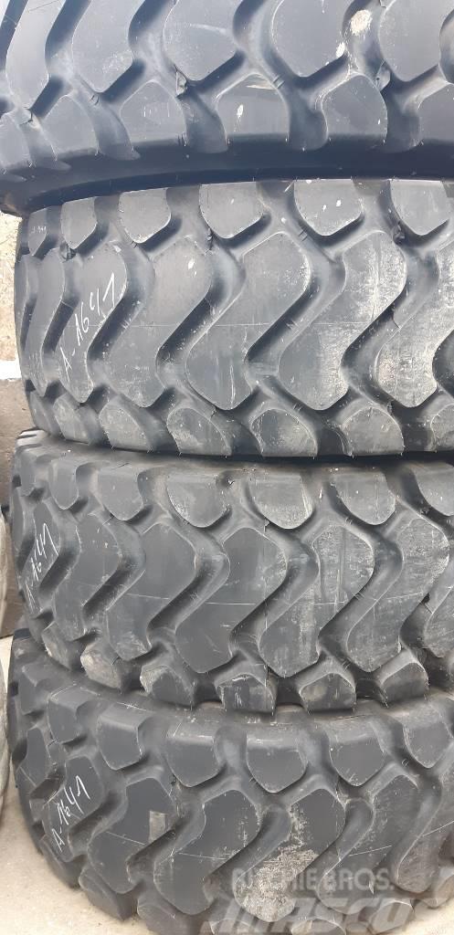 Michelin #A-1641 XHA 26.5.R25