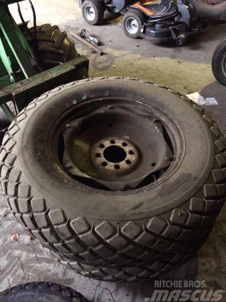 Bridgestone 13.6-28 Græsbane hjul