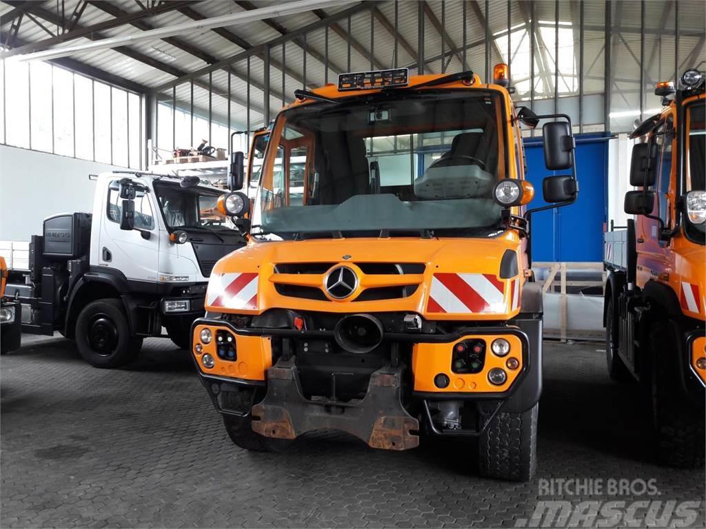 Mercedes-Benz Unimog U 427 Euro 6
