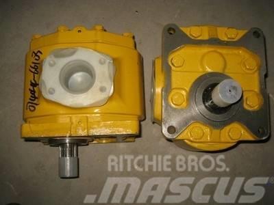 Shantui SD22 work pump 07444-66103