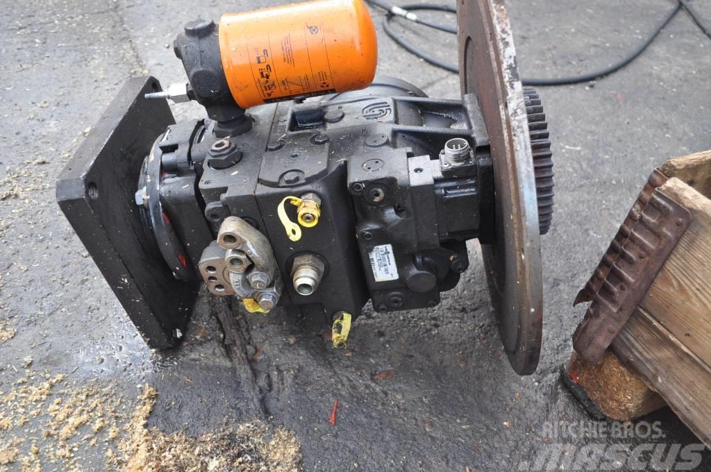 Timberjack 1270B Pompa jazdy F037853