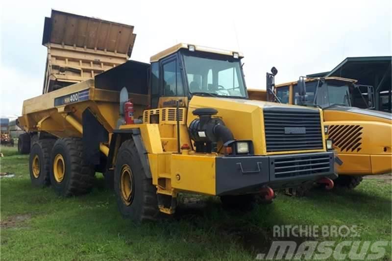 Komatsu HM400 2