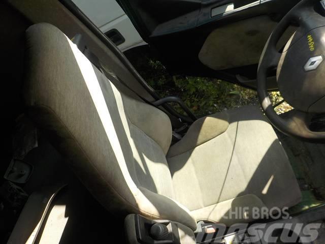 Renault Premium II Driver seat 7485131008/5010563506/74821