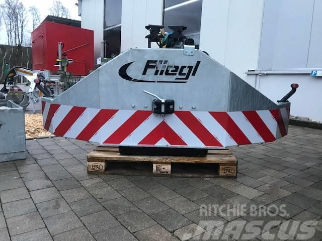 Fliegl Frontprotektorschild  für Frontgewicht, Frontschil