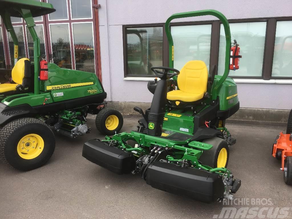 John Deere 2500 E Hybrid Lawn Mowers