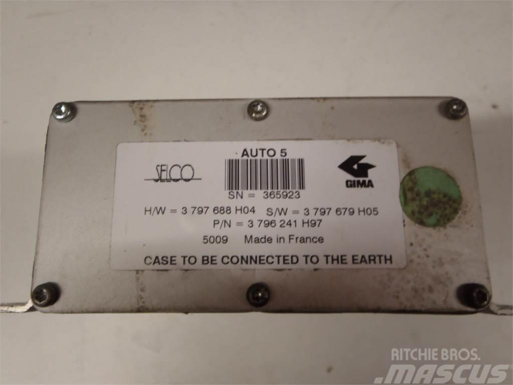 Massey Ferguson 6499 ECU