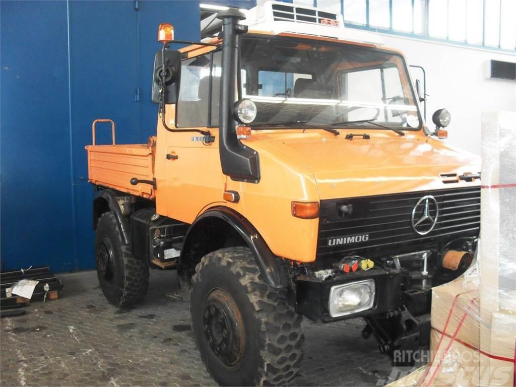 Mercedes-Benz Unimog U 1600