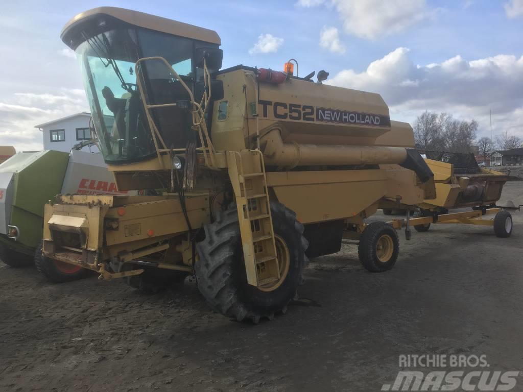 New Holland TC 52