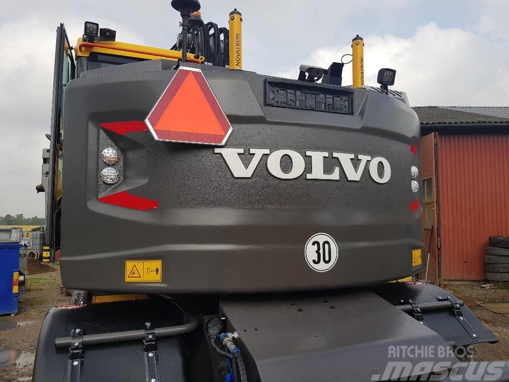 Volvo EWR 150 E, Uthyres