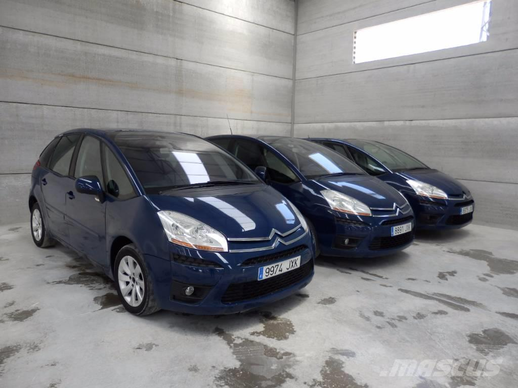 used citro u00ebn c4 picasso cars year  2010 price  us  3 508 for sale