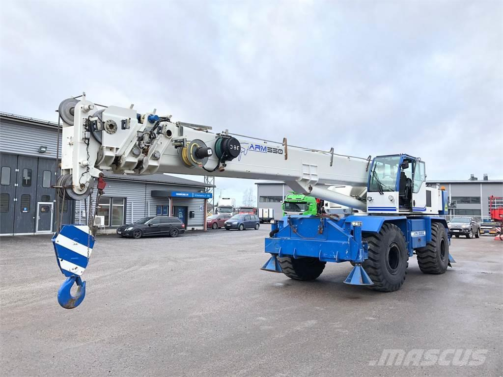 Manotti RT Crane ARM 550