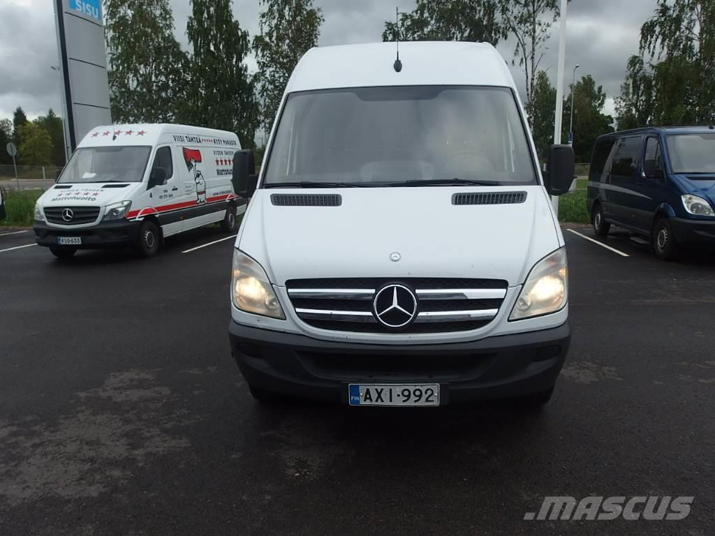 Used mercedes benz sprinter 213 cdi panel vans year 2007 for Price of mercedes benz sprinter