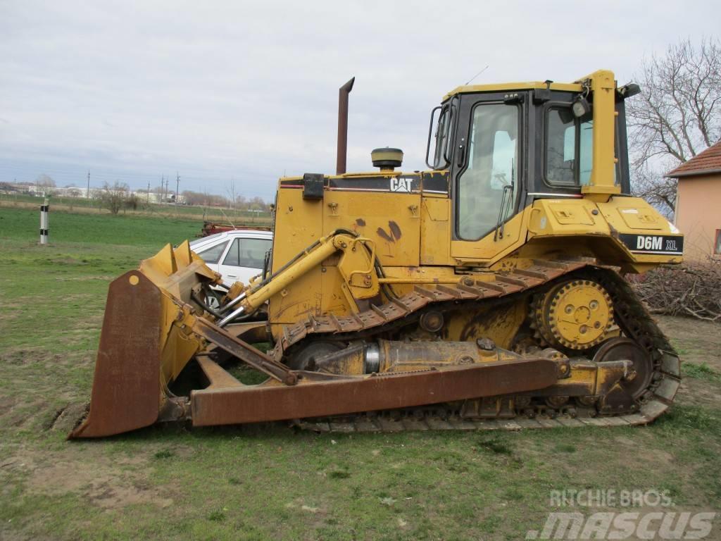 Caterpillar D6M XL