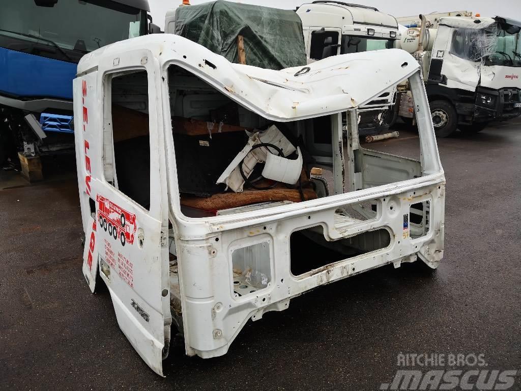 Mercedes-Benz CABINE MERCEDES MP3*ACCIDENTE*DAMAGED*UNFALL*