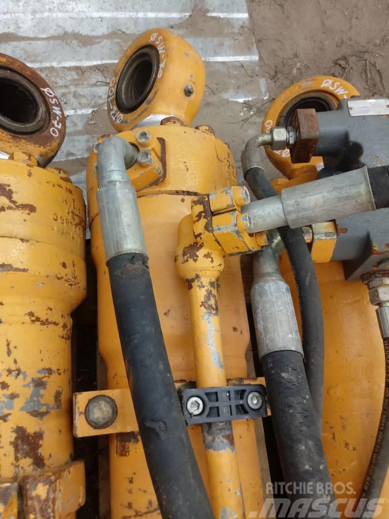 Liebherr Siłownik Liebherr 155 70 100 Hydraulic cylinder