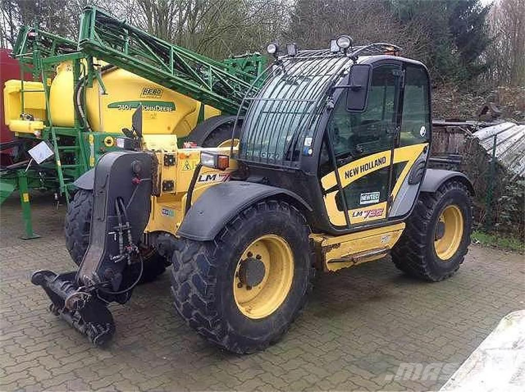 New Holland LM732