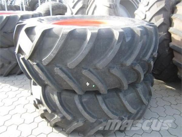 Firestone 2 Räder 650/65 R38