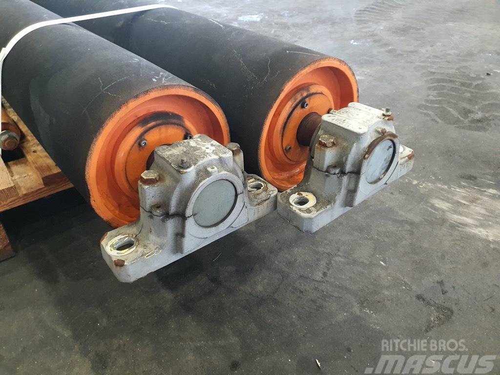 Sandvik rolka ogumowana 2000mmx260mm