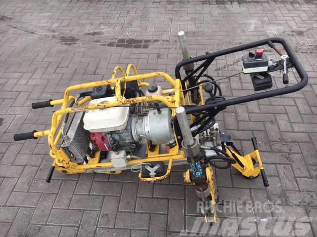 Fast clipping Pandrol clip machine CEMBRE PCM-2P/FC Rai
