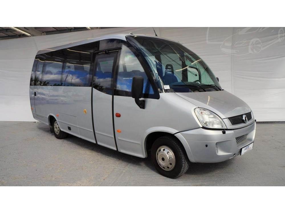 Iveco Wing / turistický bus / 30 mís