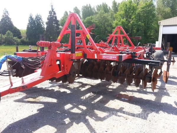 [Other] tracteur a chenille AGRICOLE QUIVOGNE TM4 (100516)