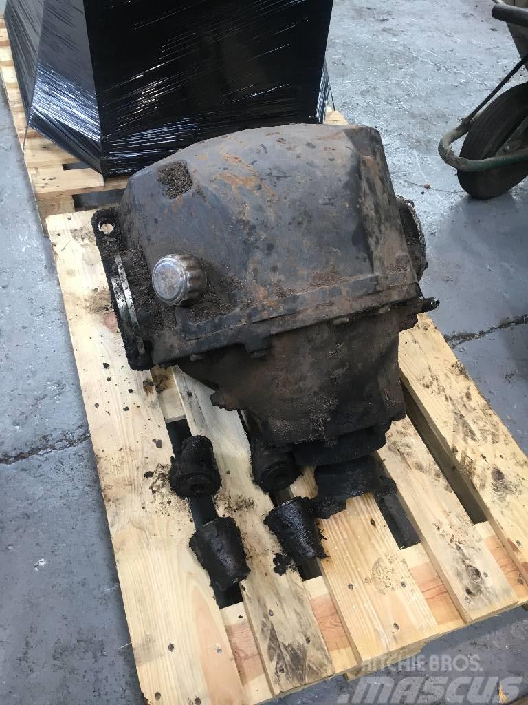 Valmet 890.3 differential