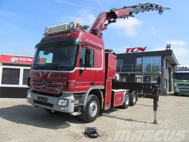 Mercedes-Benz 2650 6x4 50 t/m CRANE / SHOWTRUCK
