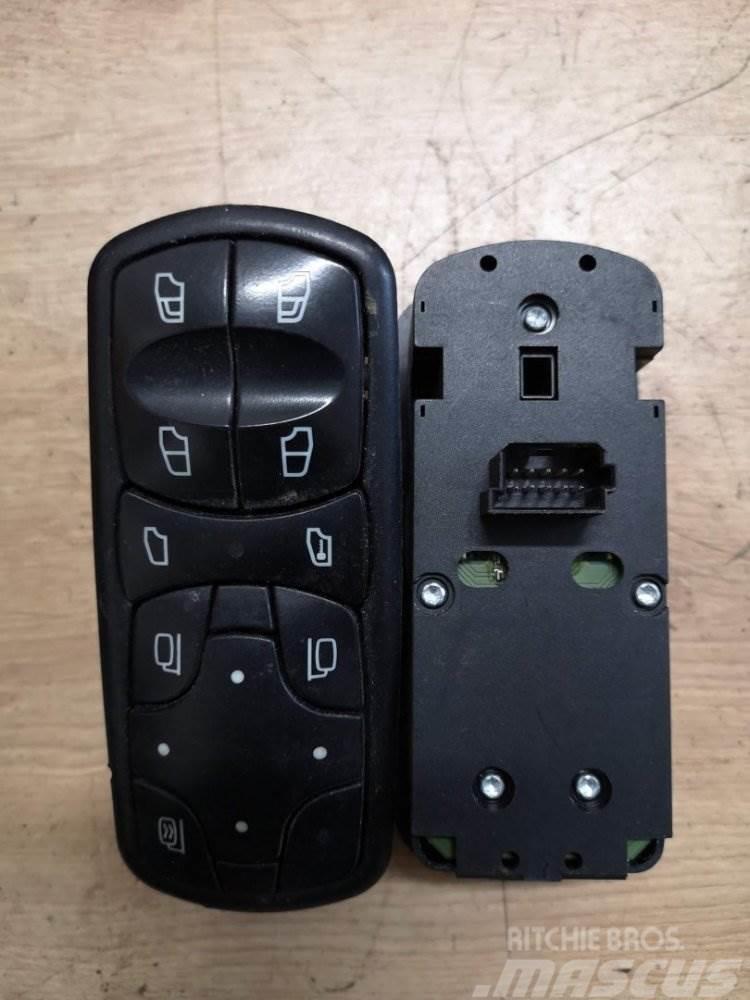 Mercedes-Benz PŘEPÍNAČ A9438200097