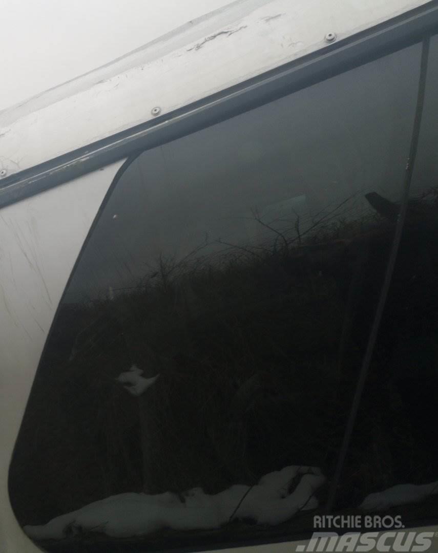 Neoplan N 516 OKNO P5