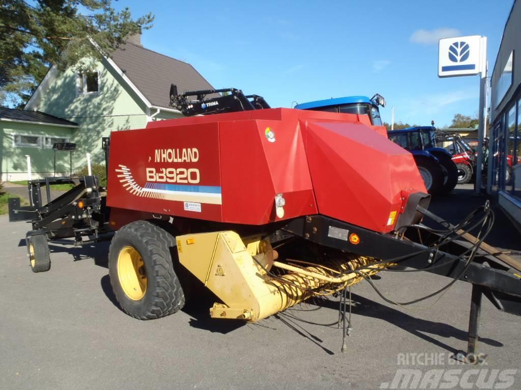 New Holland Kanttipaalain BB 920 + Käärijä