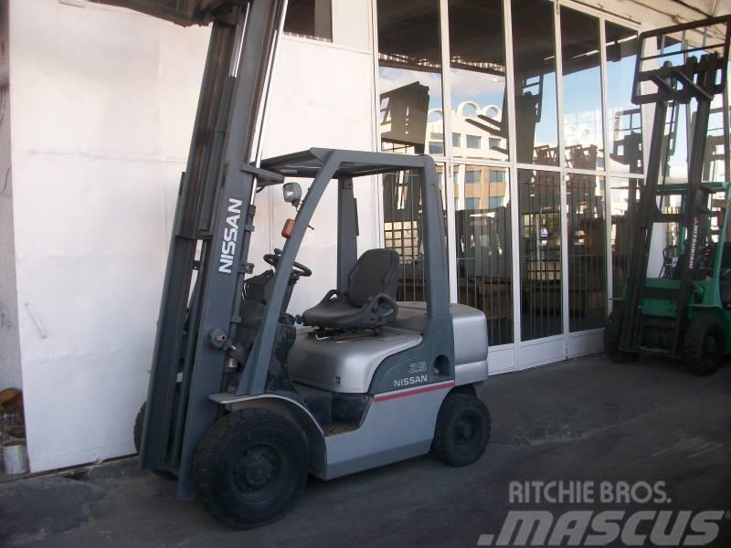 Nissan PL02A25