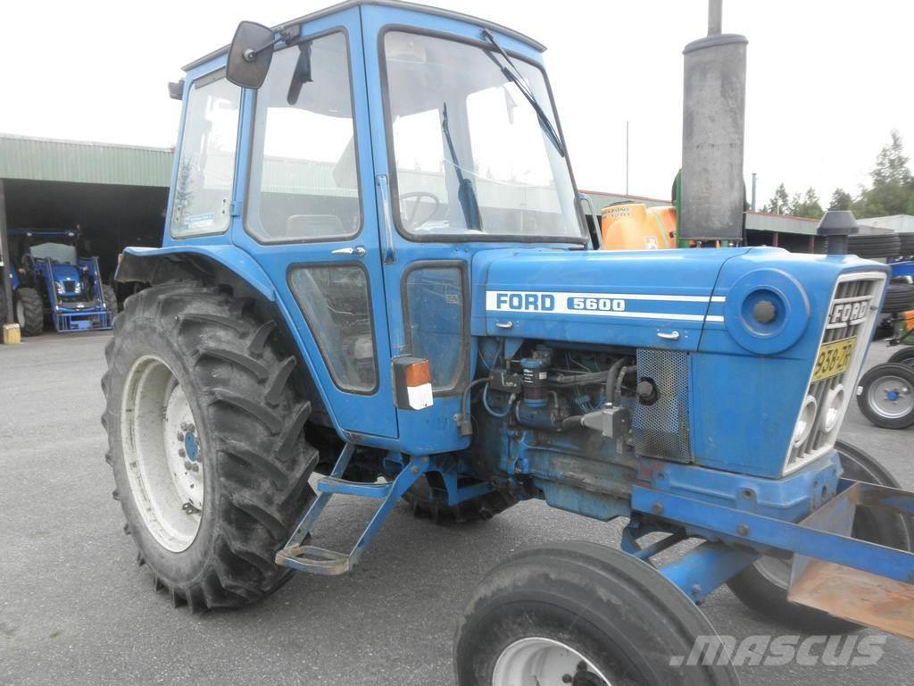 Ford 5600 Tractor : Ford tractors price £ year of manufacture